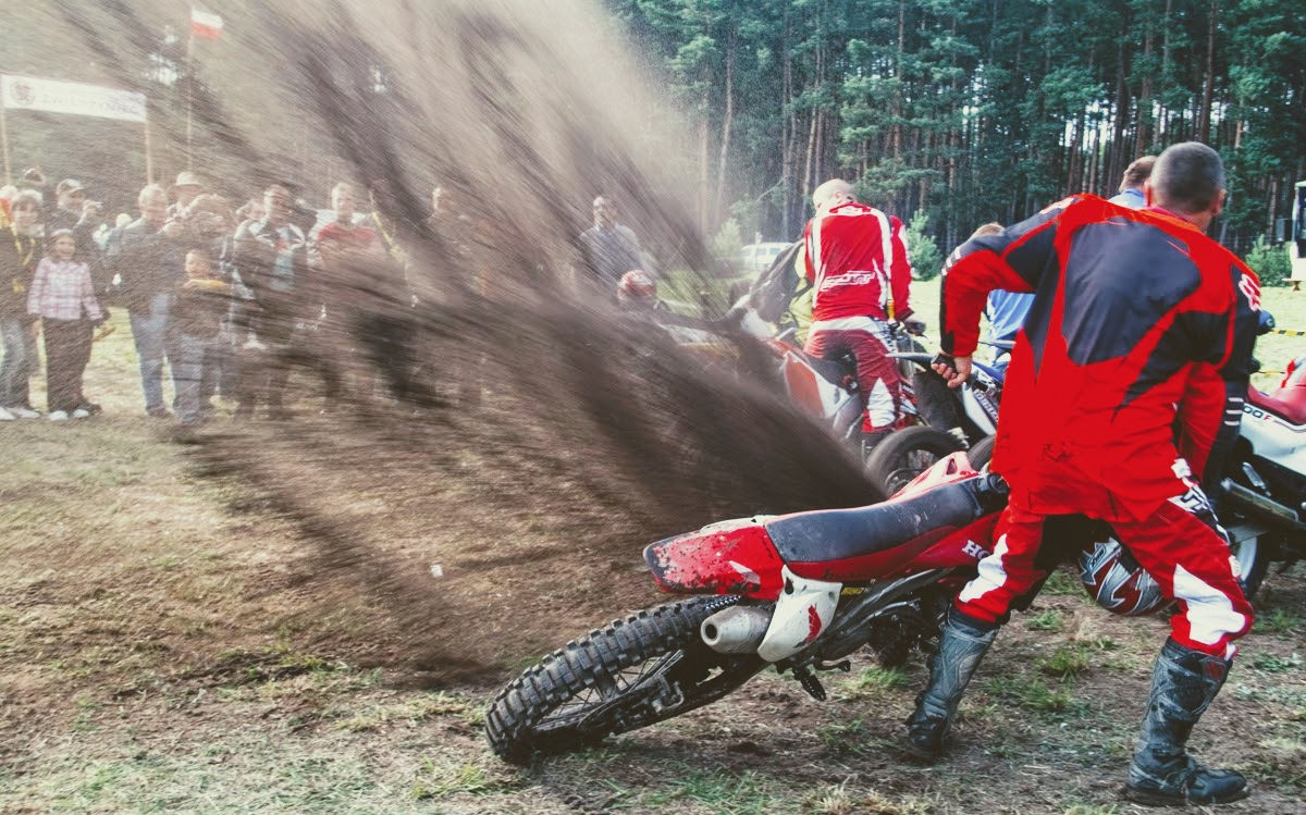 zlot motocyklowy w zwierzyńcu